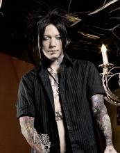 D.J. Ashba, nouveau guitariste de Guns N' Roses