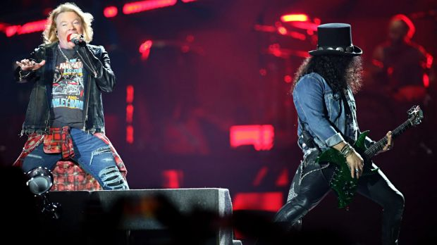 guns n' roses melbourne slash axl 2017