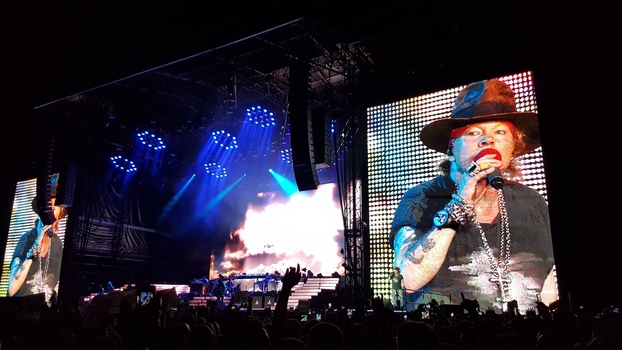 axl rose imola 2017 guns n roses