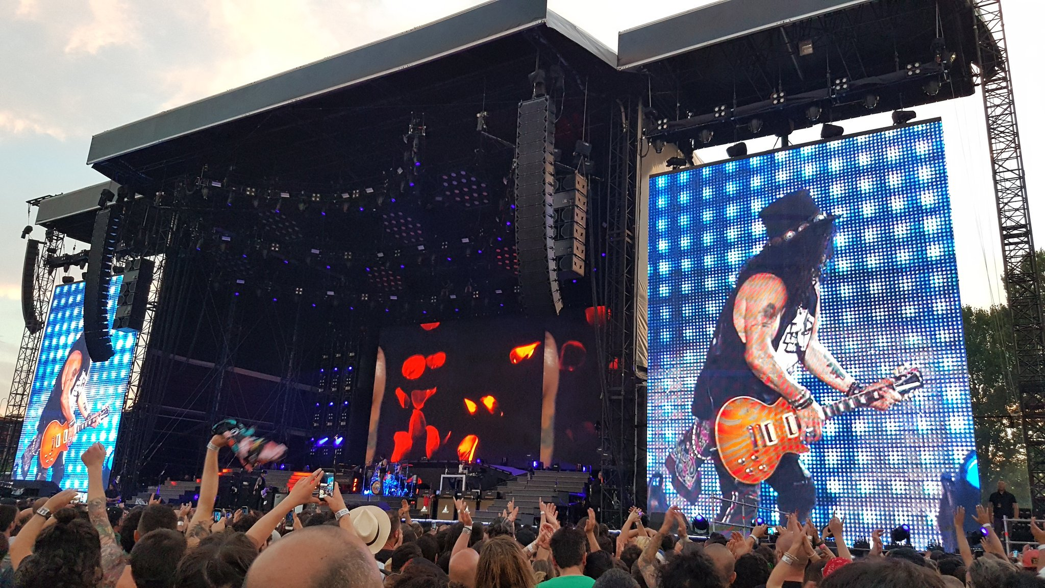 slash imola 2017 guns n roses