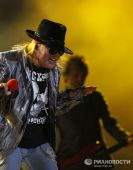 Concerts 2010 europe 0608 moscow axl03