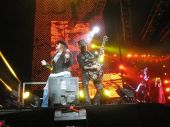 Concerts 2011 1104 houston axl dj ashba01