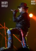 Concerts 2012 0511 moscow axl06