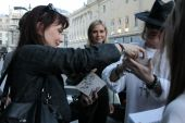 Concerts 2012 0511 moscow olya axl olya axl rose signing