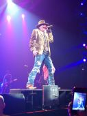 Concerts 2012 0605 paris jpcarly axl03