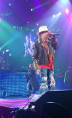 Concerts 2012 0605 paris jpcarly axl04