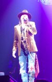 Concerts 2012 0605 paris jpcarly axl05