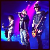 Concerts 2013 0313 newcastle ron axl dj ashba01