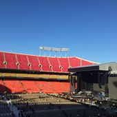 Concerts 2016 0629 kansas city stage03.