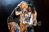 Concerts 2016 0703 chicago axl slash03