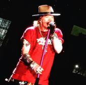 Concerts 2016 0723 east rutherford concert axl01