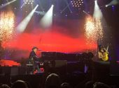 Concerts 2016 0803 arlington axl slash04.