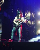 Concerts 2016 0803 arlington slash08