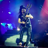 Concerts 2016 0809 san francisco slash01