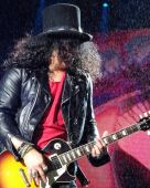 Concerts 2017 0202 wellington slash3