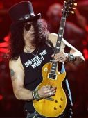 Concerts 2017 0207 brisbane slash01
