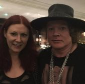 Concerts 2017 0527 slane castle backstage fan axl