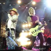 Concerts 2017 0813 hershey gnr08