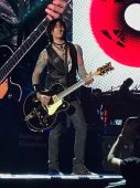 Concerts 2017 0903 george fortus01