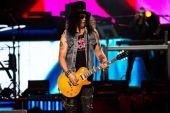 Concerts 2017 1011 nyc slash01