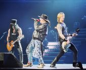 Concerts 2017 1106 chicago gnr04