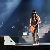 Concerts 2017 1106 chicago slash05