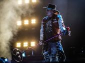 Concerts 2017 1107 milwaukee axl02
