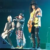 Concerts 2017 1107 milwaukee gnr1